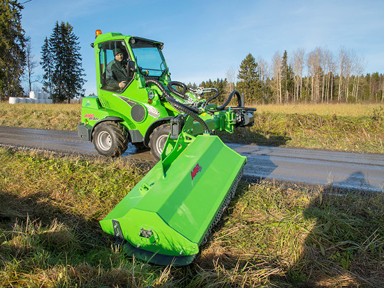Avant® loader attachments - flail mower with hydraulic boom
