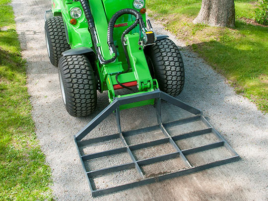 Avant® loader attachments - leveller