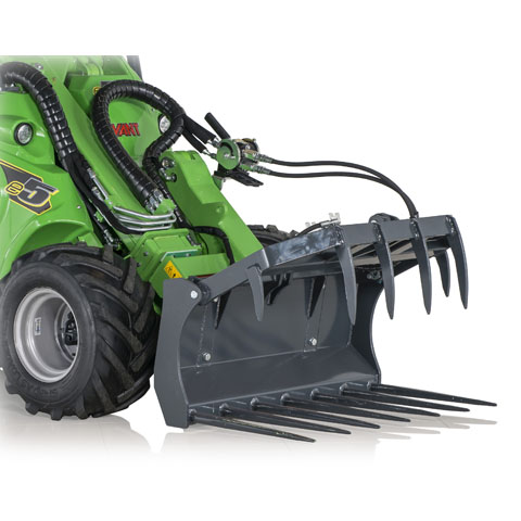 Avant® loader attachments - silage fork