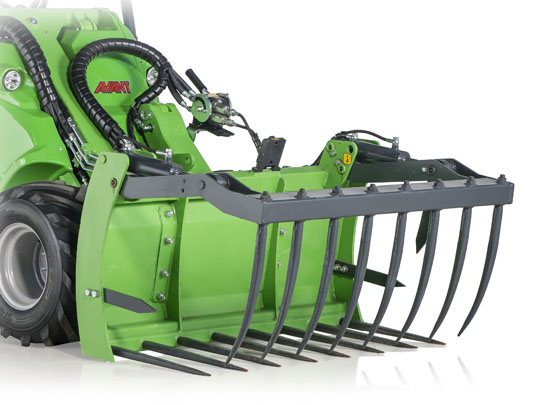 Avant® loader attachments - XL silage grab