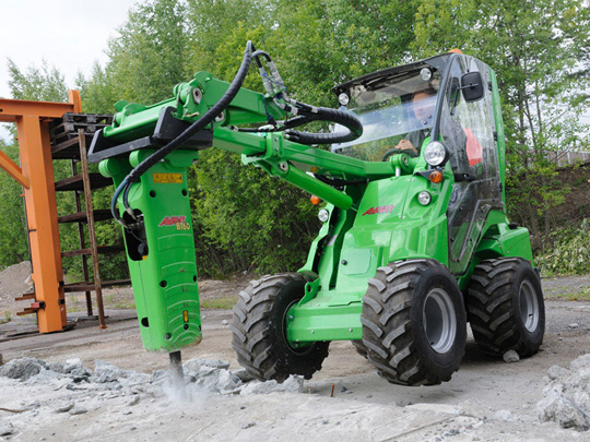 Avant® front loaders - hydraulic breaker UK Avant sales
