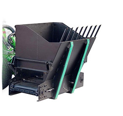 Avant silage dispenser attachment, silage dispenser with UK delivery