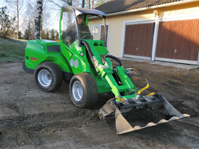 Avant loaders - 700 Series loaders